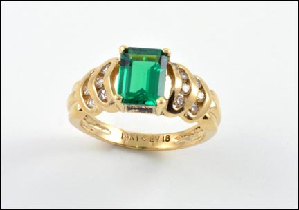 Synthetic Emerald Ring in 14K Yellow Gold