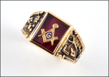Red Stone Masonic Ring in 10K Yellow Gold