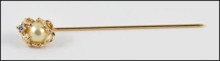 Pearl Stick Pin in 14K Yellow Gold