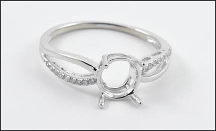 Semi-Mount Ring in White Gold