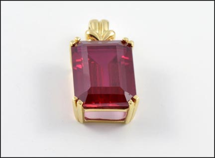 Large Red Synthetic Stone Pendant in 10K Yellow Gold