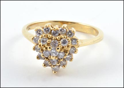 Diamond Heart Ring in 14K Yellow Gold_LARGE