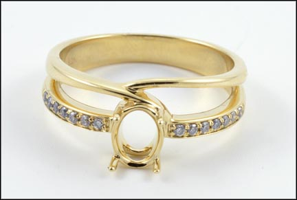 Diamond Wedding Set Mounting in 14K Yellow Gold_LARGE