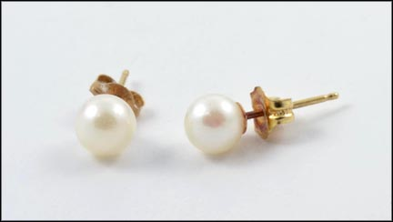 Pearl Stud Earrings in 14K Yellow Gold LARGE