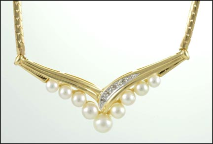 Pearl Necklace in 14K Yellow Gold LARGE