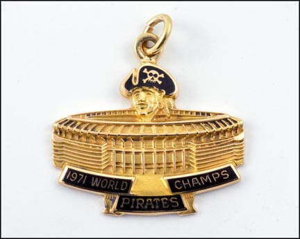 Pittsburgh Pirates 1971 World Champions Charm in 14K Yellow Gold LARGE
