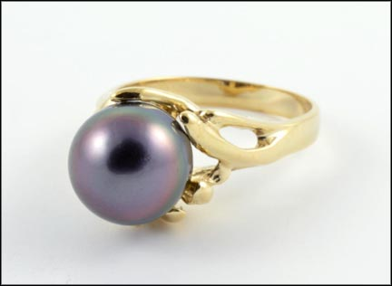 Black Pearl Ring in 14K Yellow Gold_LARGE