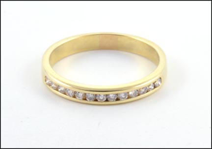 Diamond Band in 14K Yellow Gold_LARGE