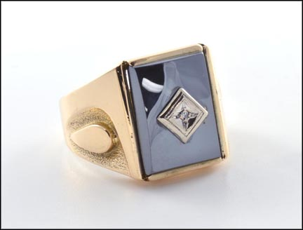 Men's Hematite Ring in 10K Yellow Gold_LARGE