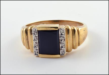 Onyx Ring in 10K Yellow Gold LARGE