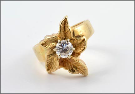 Flower Ring with Diamond in 14K Yellow Gold
