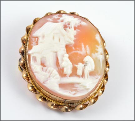 Scenic Cameo Brooch in Gold Filled
