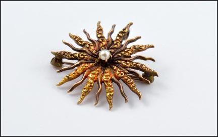 Sunburst Brooch with Small Pearl in Yellow Gold