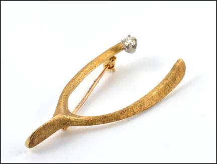 Wishbone Pin with Diamond in 14K Yellow Gold