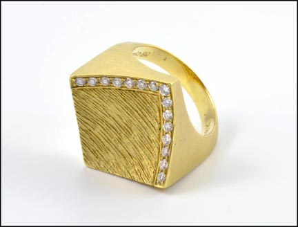 Square Diamond Ring in 18K Yellow Gold