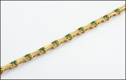 Green Garnet Tennis Bracelet in 14K Yellow Gold LARGE