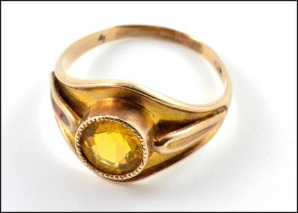 Citrine Stone Ring in 10K Yellow Gold