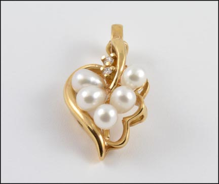 Pearl Heart Pendant Enhancer in 14K Yellow Gold