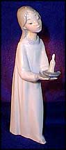 Girl with Candle, Lladro Figurine  #4868