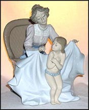 Mommy, It's Cold!, Lladro Figurine  #5715 MAIN