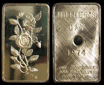 Mother's Day 1974' Art Bar by Mount Everest Mint.