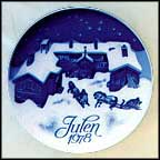 Guests Are Coming For Christmas Eve Collector Plate by Gunnar Bratlie