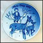 Doe And Fawn Collector Plate by Gunnar Bratlie