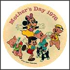 Minnie Mouse and Friends Collector Plate by Disney Studio Artists