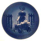 Promenade Collector Plate by Mads Stage