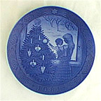 Admiring The Christmas Tree Collector Plate by Kai Lange