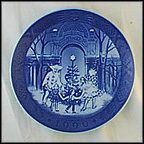 Christmas At Tivoli Collector Plate by Sven Vestergaard