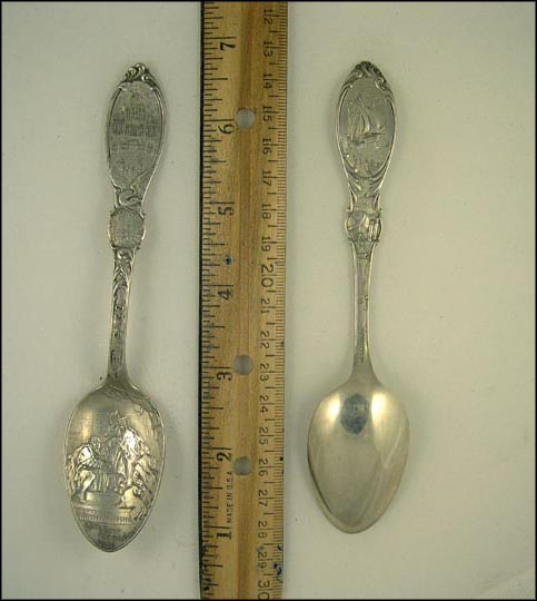 Columbus d'Barcelona 1493, Globe, Santa Maria, Chicago, Illinois Souvenir Spoon