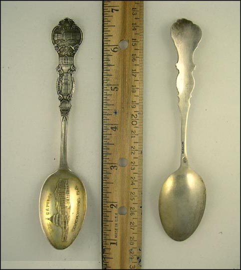 The Capitol, Arlington Mansion, US Treasury, White House... Souvenir Spoon