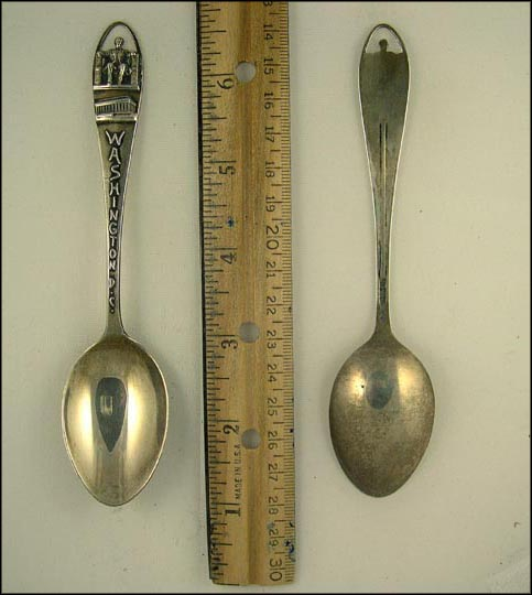 Cut Out of Lincoln Monument, Washington, District of Columbia Souvenir Spoon