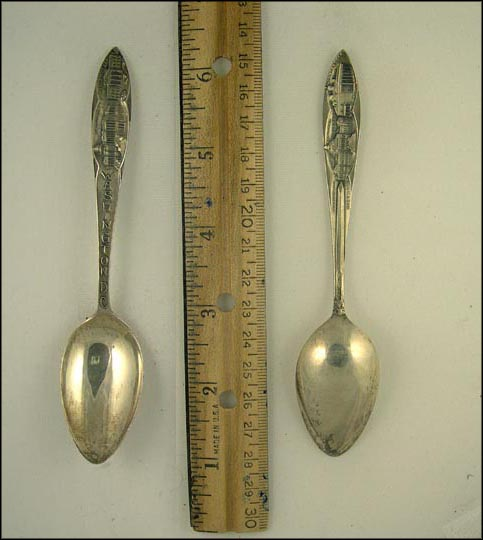 Capitol, White House, Tomb, Congressional Library... Souvenir Spoon