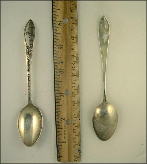 Cut Out of The Capitol, Washington, District of Columbia Souvenir Spoon MAIN