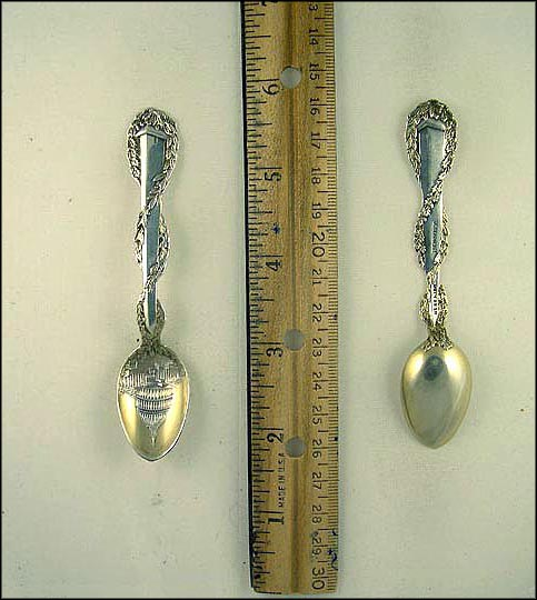 The Capitol, Washington Monument Souvenir Spoon MAIN
