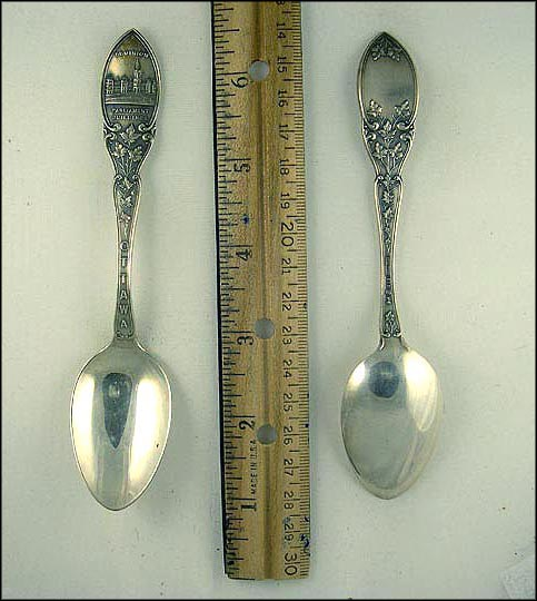 Maple Leaves, Dominion Parliament Buildings Souvenir Spoon MAIN