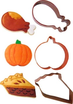 Wilton Thanksgiving Dinner Cutter Set LARGE