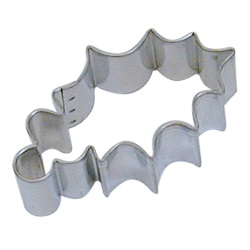 Leaf Cookie Cutter - Holly LARGE