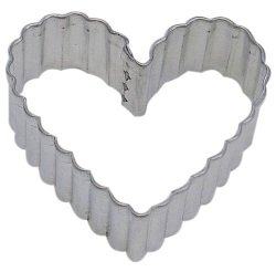 Heart Cookie Cutter - Fluted LARGE
