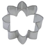 "Daisy Cookie Cutter - 2"" THUMBNAIL"