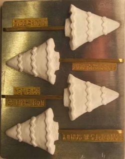 Christmas Tree w/ZigZag Trim Chocolate Sucker Mold LARGE