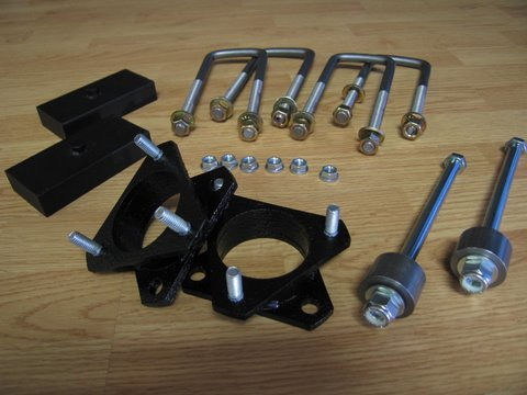 "Fat Bob's Garage, Part # 43250-FBB1, Toyota Tundra 2.5"" Lift Kit w/ Rear Blocks 4WD/2WD* 1999 - 2006"