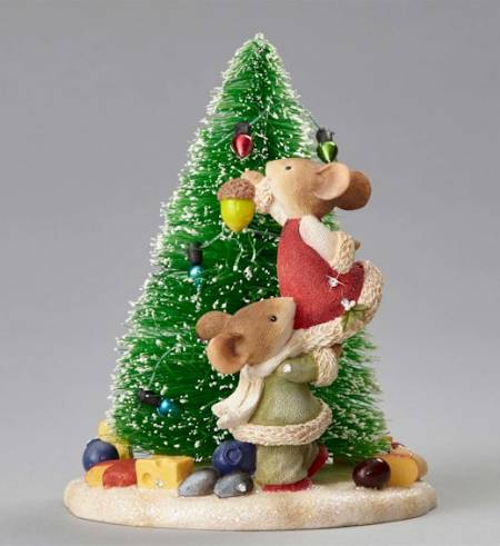 Mice Decorating Christmas Tree