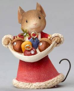 Mouse with Acorn Ornaments