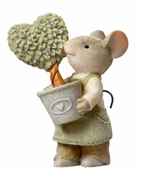 Mouse with Heart Topiary