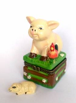 Little Pig Hinged Box