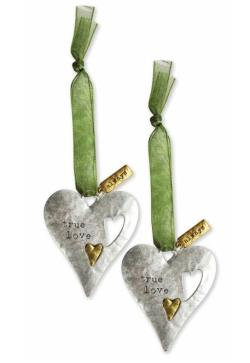 Metal ornament set for sentimental gift giving THUMBNAIL