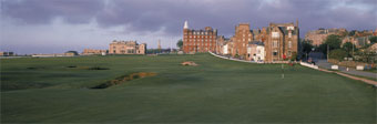 St Andrews 17th by Drickey
